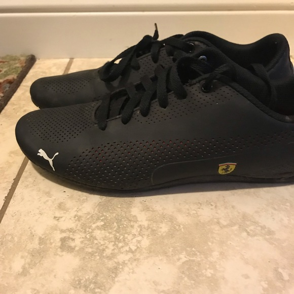 d99a0c76 Puma Ferrari shoes